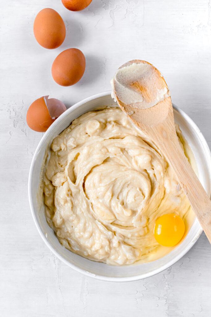 one egg in cake batter