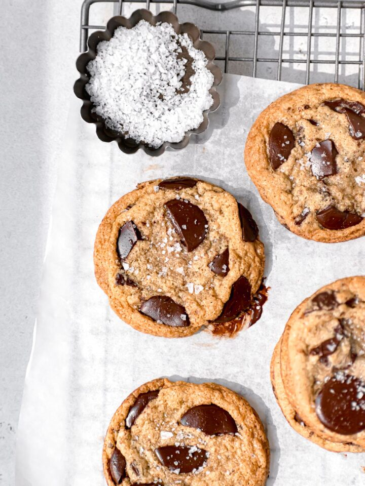 gluten free chocolate chip cookies on wire rack